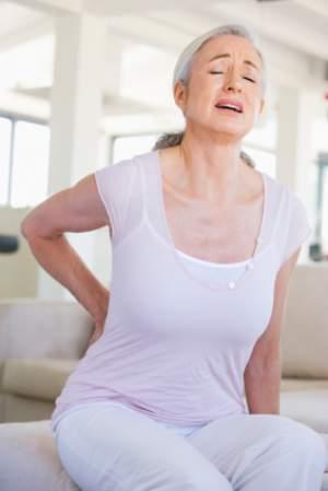 woman-back-pain-physio
